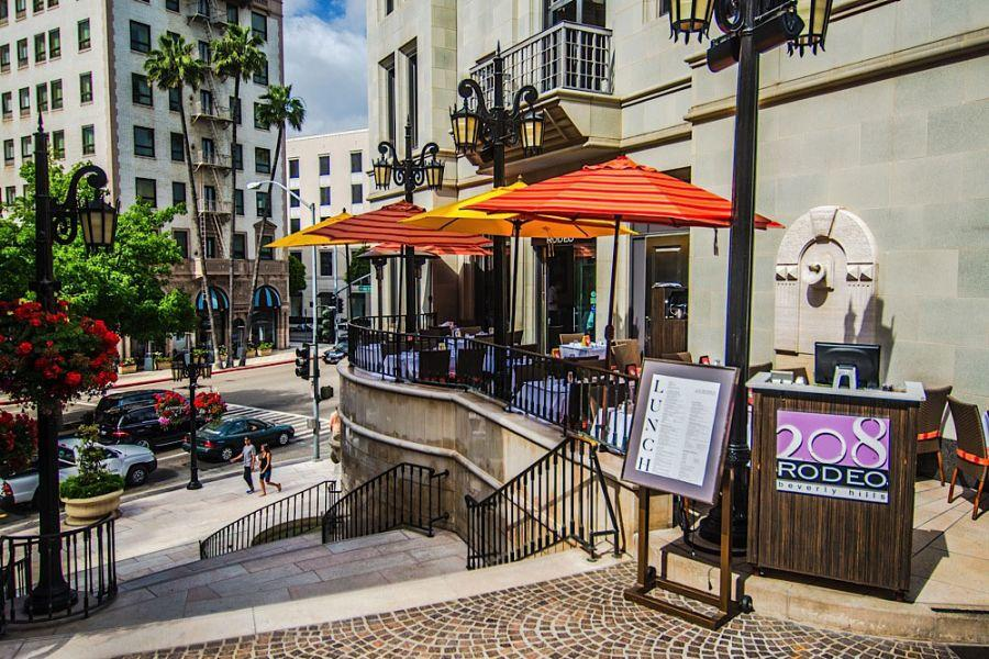 Best Restaurant Patios In Beverly Hills