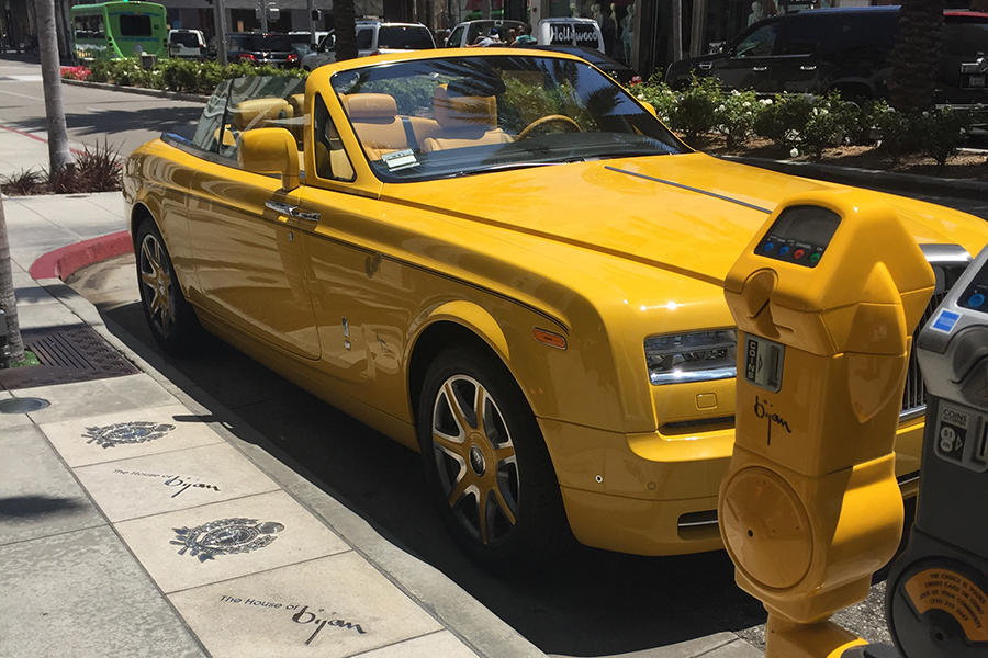 shops & things to do on rodeo drive - love beverly hills